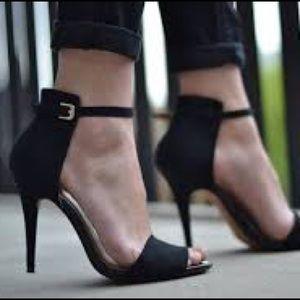 Zara Collection Basics Suede Heels Black Size 37